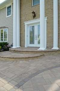 driveway with pavers in Smithtown, NY